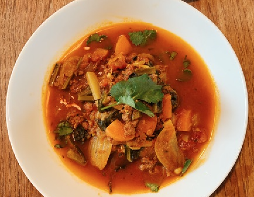 Harrira (Moroccan Soup) with Merguez sausages